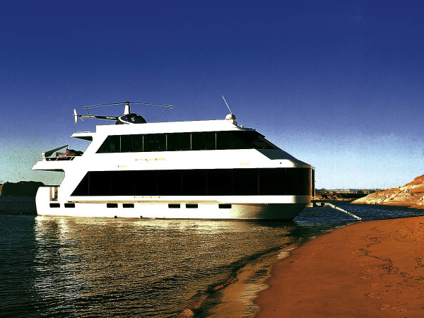 Our Work FS Houseboat - Custom houseboat graphics